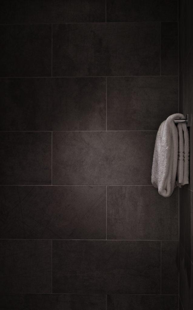Natursten på badeværelse